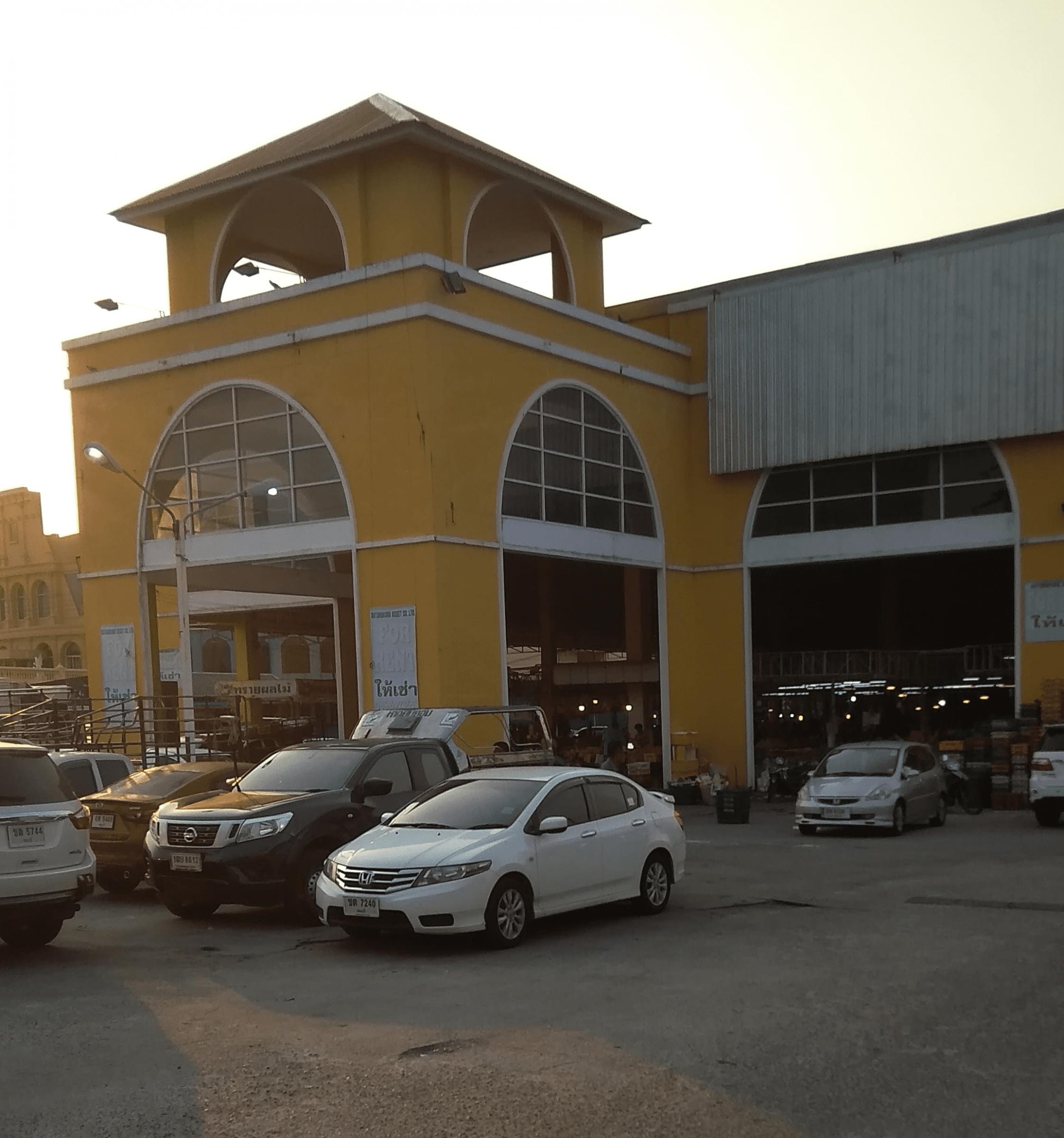 ratanakorn_market